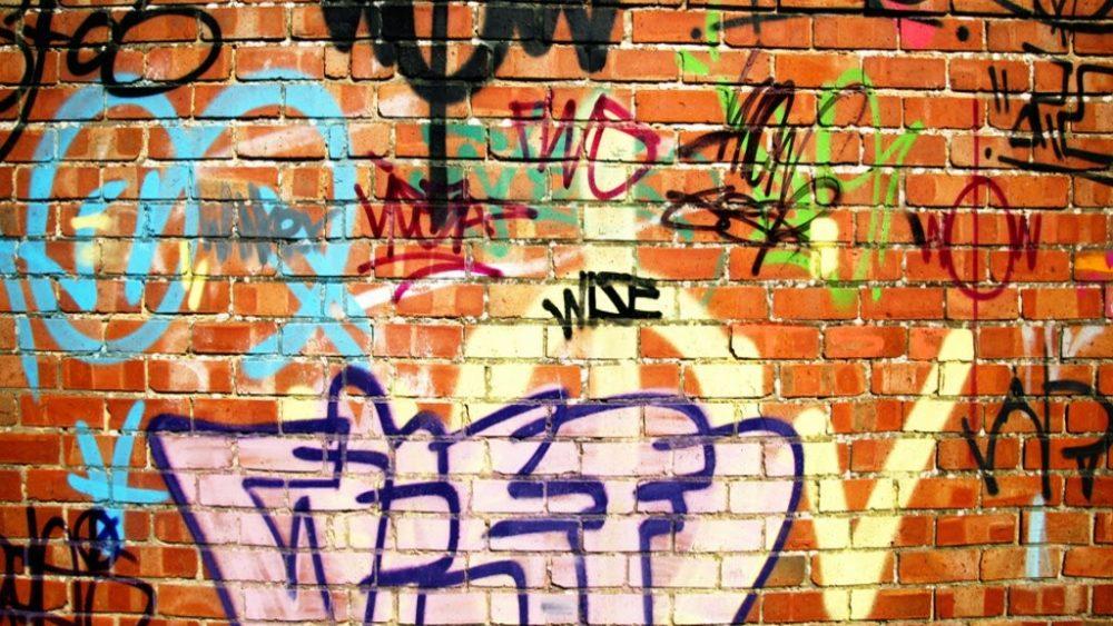 toronto graffiti removal service